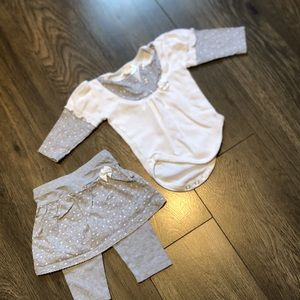 Baby matching outfits size 3 months